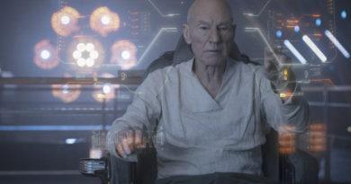 Review: 'Star Trek: Picard' soars at warp 10!